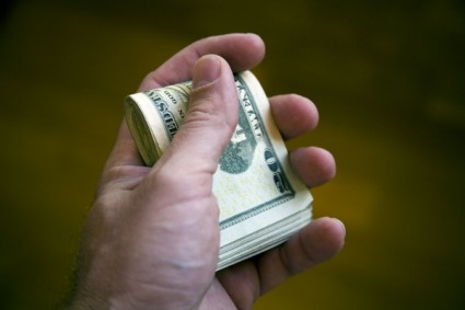 Flipping items on Craigslist can land you a fistful of cash.