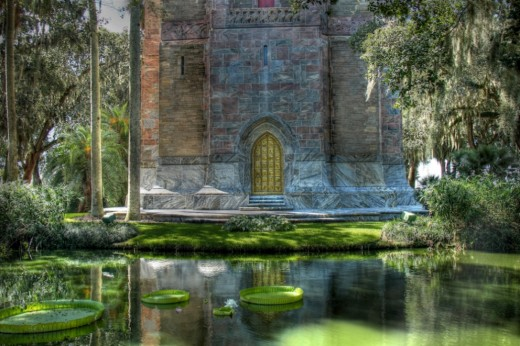 Edward Bok left a virtual Garden of Eden in Lake Wales, Florida.  I often went there to meditate.