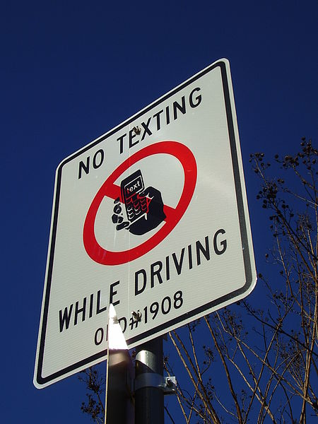 Sign the no texting while driving pledge