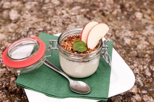Yogurt and apple.