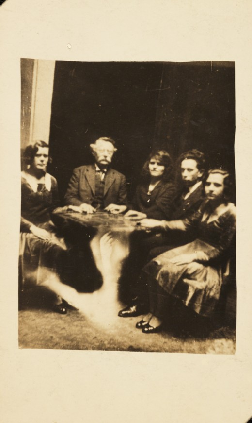 Seance with table levitation (photo taken by William Hope around 1920)