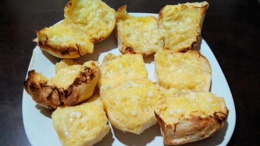 Garlic Bread in minutes
