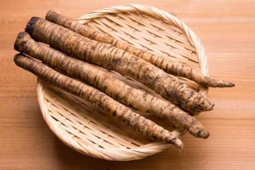 All-natural burdock root rosacea remedy