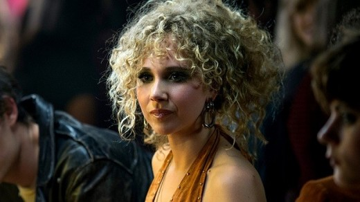 The young and the restless. Juno Temple as the voracious and intrepid A&R assistant Jamie Vine. A standout from the episode's younger cast.