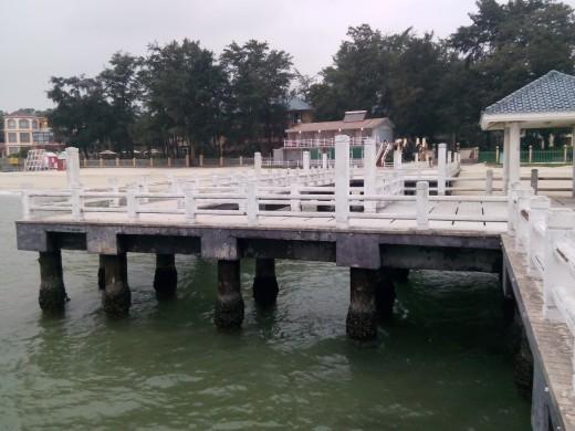 Xichong Beach pier