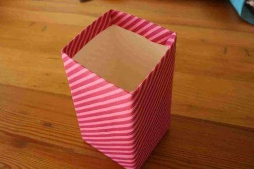 Pink candy striped box / another colour