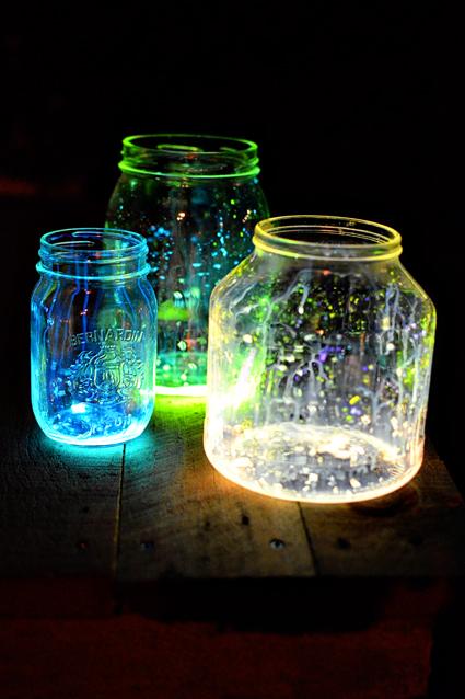 I found these glow jars on a wedding site