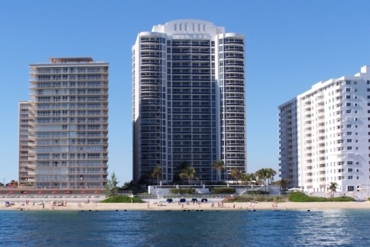 L'Ambiance Building on Galt Ocean Mile