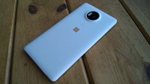 White Lumia 950XL