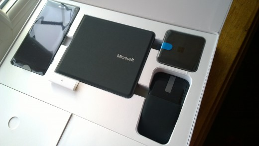 BT Keyboard, Continuum Dock and Arc Wireless Mouse