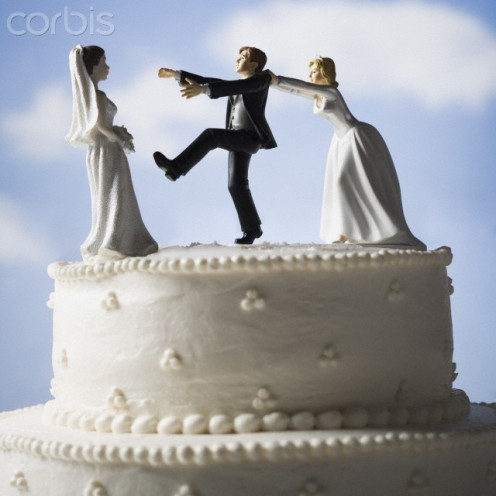 Do not let this be how your wedding cake looks.