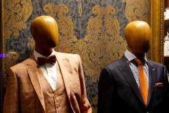 How to save money buying suits online