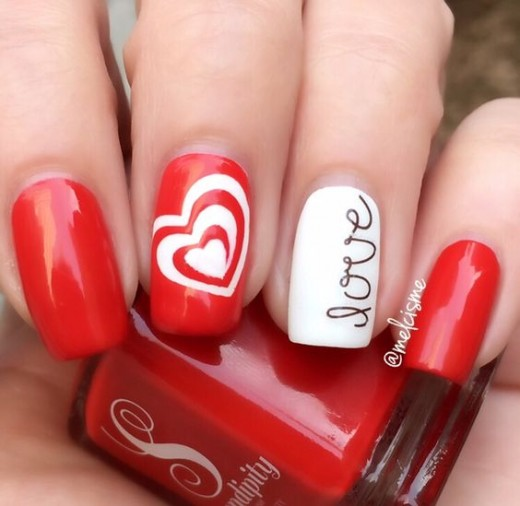 White Swirl | Nail Art Ideas for Birthday