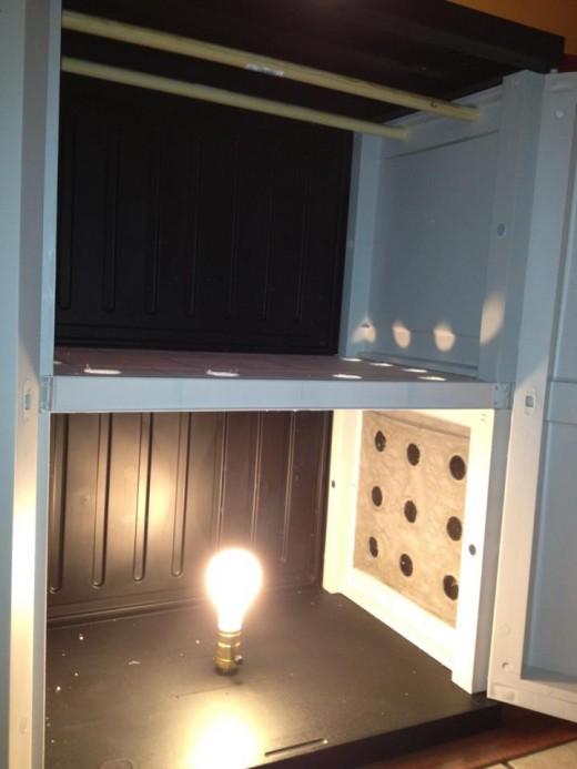 light source inside the biltong box