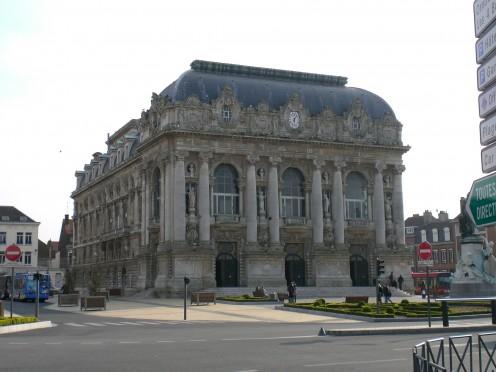 Calais, Theatre