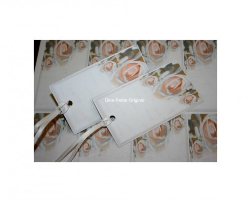 Chic Rose Art For Gift Wrapping
