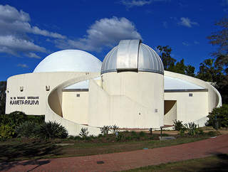 Visiting gardens and other attractions: The Sir Thomas Brisbane Planetarium is located on the grounds of the Brisbane Botanic Gardens[1] in the suburb of Toowong, Brisbane, Queensland, Australia. The Planetarium was officially opened on 24 May 1978.
