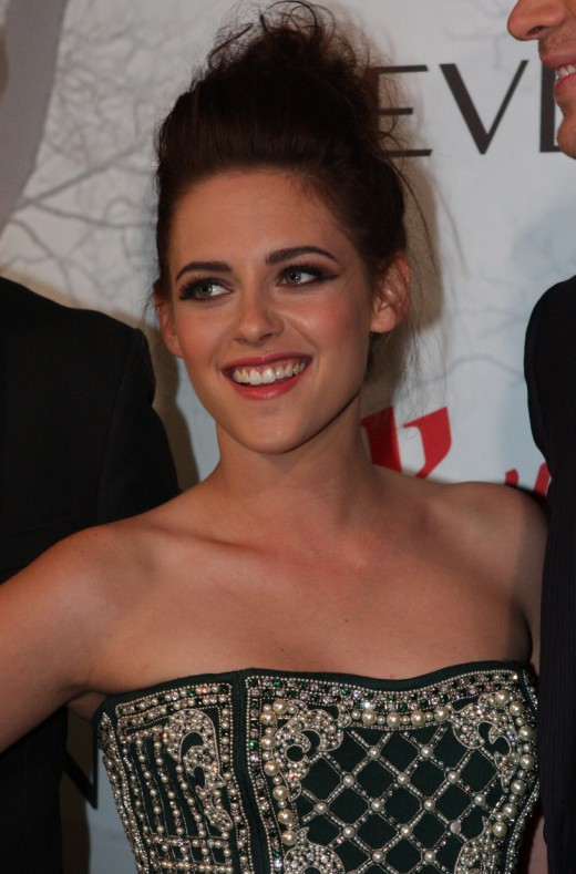Kristen Jaymes Stewart at the Australian premiere of Snow White and the Huntsman in year 2012