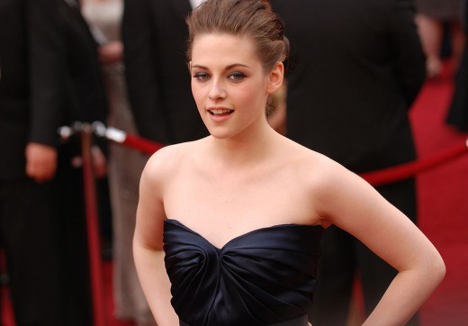 Kristen Stewart attended the 82nd Oscar awards ceremony in 2010