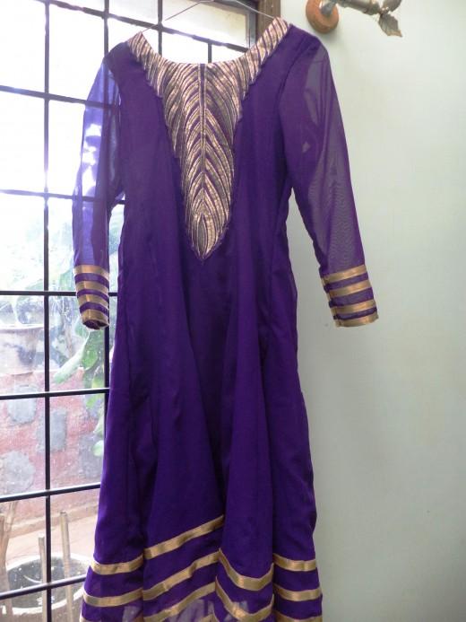 Voonk Partially Stitched Anarkali Kurta