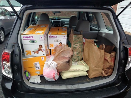 Saint Louis Residents Deliver Donations