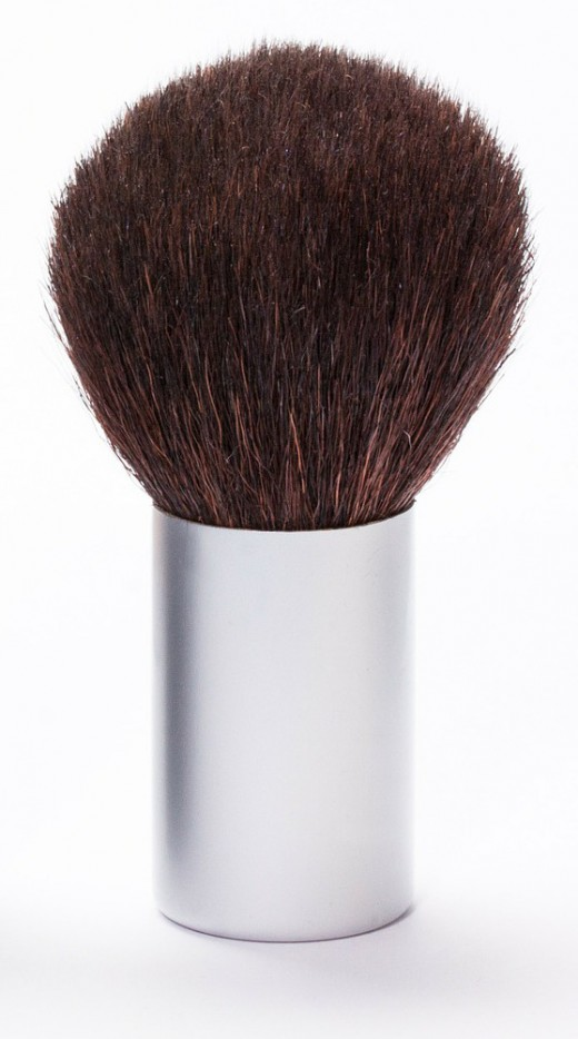 Oval face: simply sweep over your cheeks with a large powder brush.