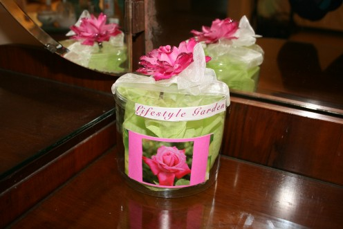 Rose Garden Gift Container