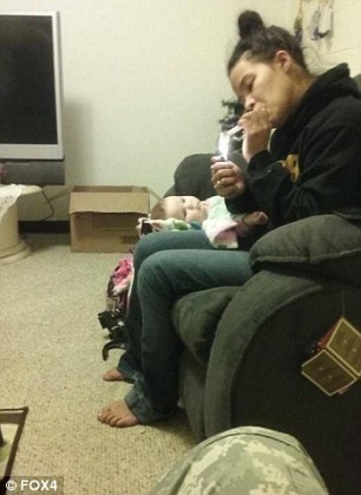 Ashley Ann Lewis smoking meth along side her infant