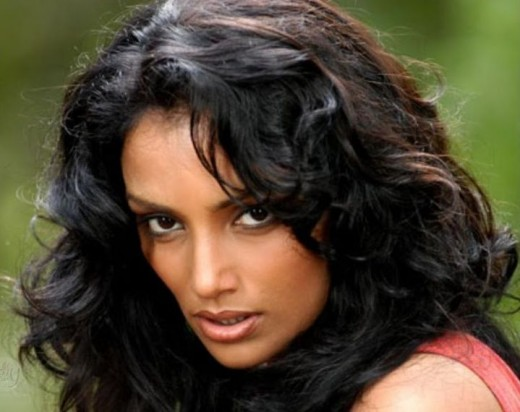Shweta Menon (Miss India Asia - Pacific 1994)