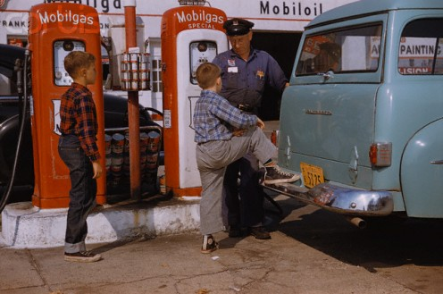 Gas station attendants were always eager to serve their customers.