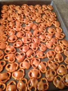melted caramels with pretzels