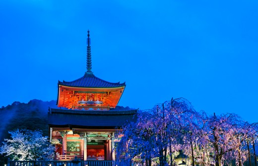 Kiyomizu Temple pagoda during early evening.