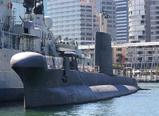 HMAS Onslow.  Used by permission.