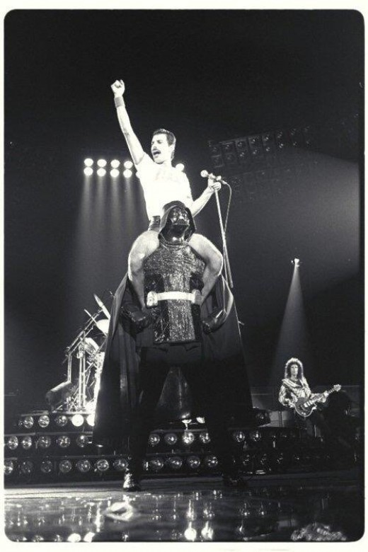 One of the perks of being a Sith Lord. You get to rock the stage with Freddy Mercury