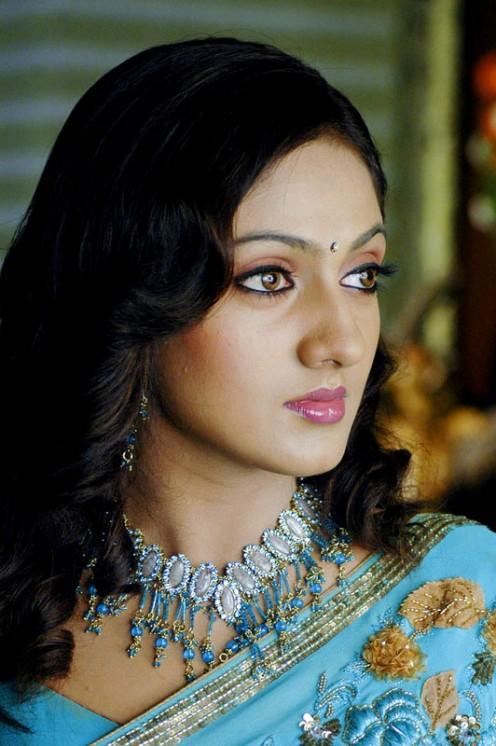 south masala actress Sheela photos and pictures