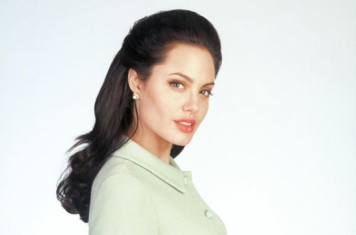 Angelina Jolie in George Wallace