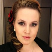 Anne Clementine profile image