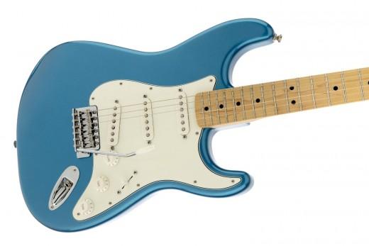 Fender Standard Stratocaster SSS
