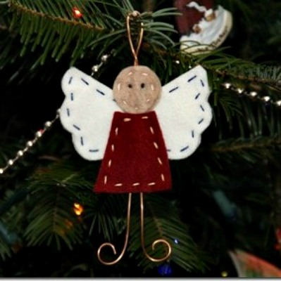 50 amazing craft ideas for seniors feltmagnet felt and wire angel solutioingenieria Choice Image
