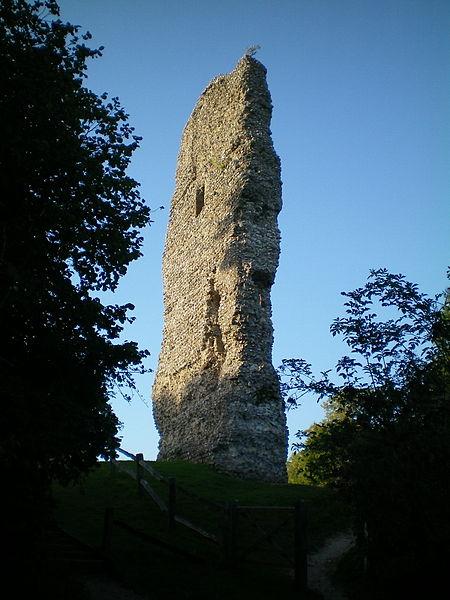Ruins of Bramber Castle Charlesdrakew Public Domain