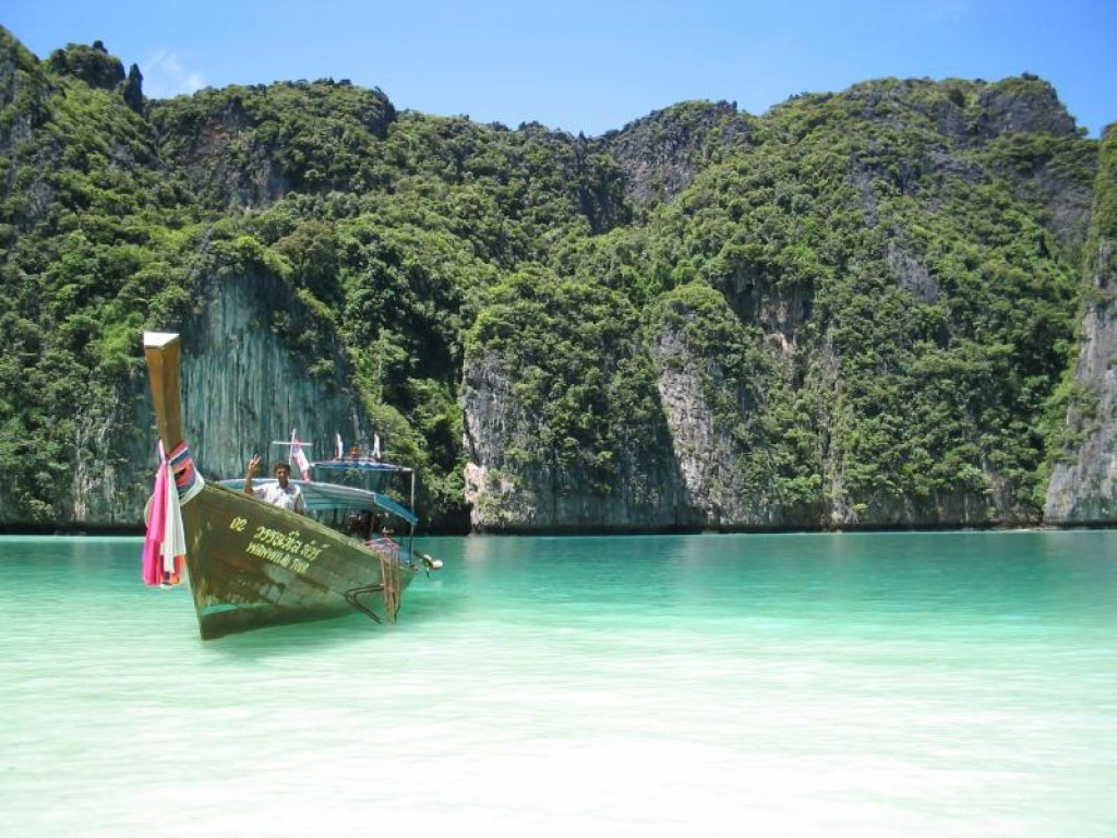 thailand great budget destination your first solo trip
