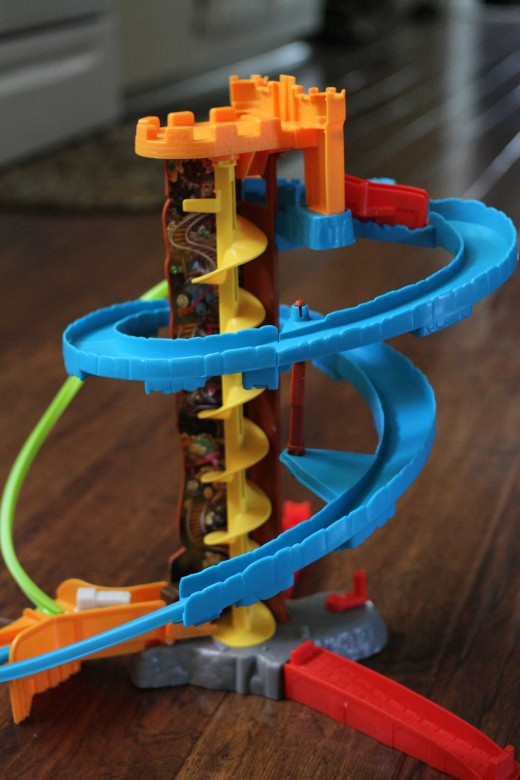 Fisher-Price Thomas and Friends Minis Twist-N-Turn Stunt Set