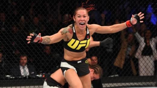 Cyborg wins at UFC 198