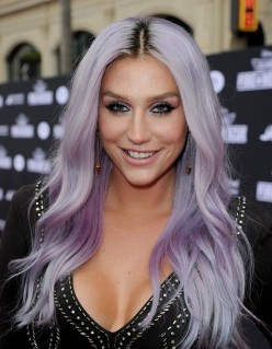 Kesha : Top 15 Things She Wants You To Know