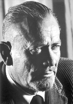 The Analysis of John Steinbeck's The Grapes of Wrath That related to The US Economic Crisis in Nineteen Thirties