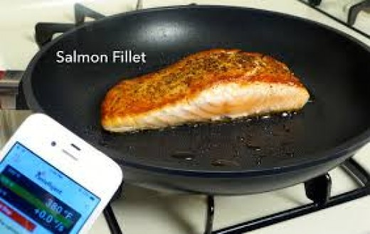Pantelligent is a smart frying pan that can even be controlled by a smart phone app.