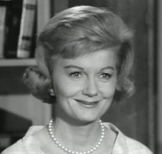 Barbara Billingsley played June Cleaver