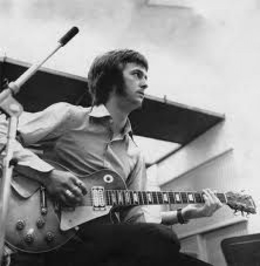 Eric Clapton around 1966 with his Gibson Les Paul which was stolen.