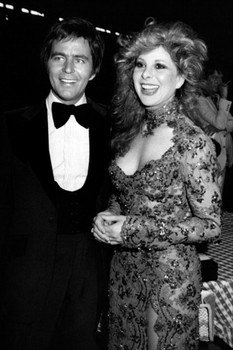 Dressed to the nines,  Jim Stafford and  Bobbie Gentry are  seen hand in  hand in  April 1981.
