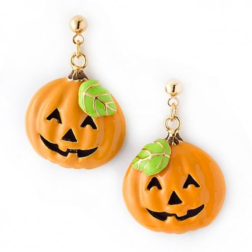This beautiful and cheery-looking orange-colored pumpkin earrings are perfect for Halloween costumes that aren't scary or creepy